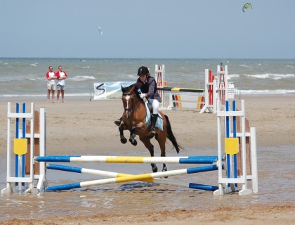 Beach Jumping De Haan